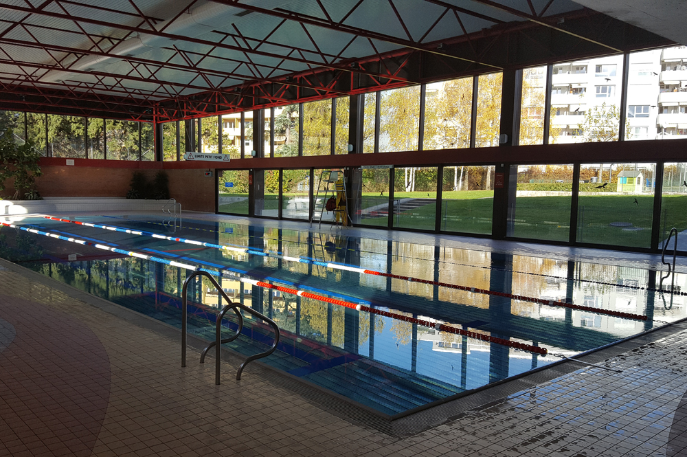 Piscine thonex for Piscines couvertes